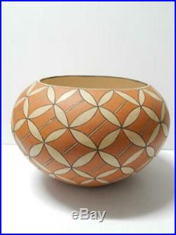 Evelyn Cheromiah Large Vintage Laguna Pueblo Indian Pottery Olla Jar Bowl Pot