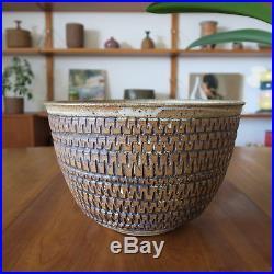 Glazed Ceramic Bowl by Gerry Williams American Vintage Pottery Bob Kinzie Style