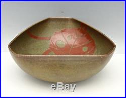 Japanese Vintage Studio Art Pottery Tri-Corner Bowl Hand Painted Signed