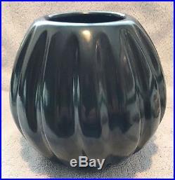 Santa Clara Black Ribbed Melon Bowl Pottery Vintage 1970s HELEN SHUPLA (d-1985)