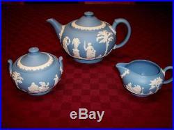 VINTAGE WEDGWOOD ENGLAND JASPERWARE TEA SET- TEAPOT CREAMER AND SUGAR BOWL withLID