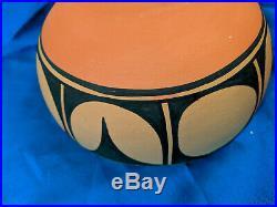 Vidal Aguilar Art Pottery Bowl Santo Domingo Pueblo VTG 8 Southwest Rare