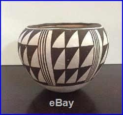 Vintage ACOMA PUEBLO Bowl Pottery Signed by LUCY M. LEWIS