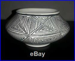 Vintage Acoma Pueblo Fine Line Pottery Vase Bowl Fineline Lewis Chino Garcia