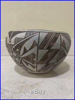Vintage Acoma Pueblo Pottery Bowl