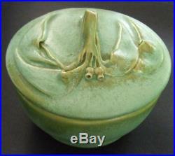 Vintage Australian Pottery Gumnut & Gumleaf Small Lidded Bowl E Bryce Carter