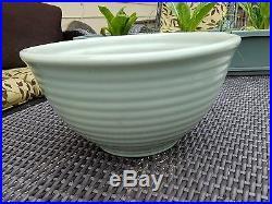 Vintage Bauer Pottery Ringware Mixing Bowl #9. Pastel Green