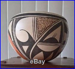 Vintage HOPI Native American Indian Hand Painted Pottery Bowl