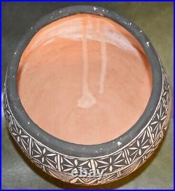 Vintage M. Tsethlikai Hand Coiled Bowl /free Shipping
