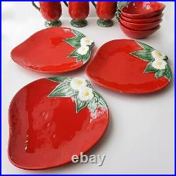 Vintage Metlox Poppytrail California Strawberry Kitchen 6 Plates 4 Bowls 3 Cups