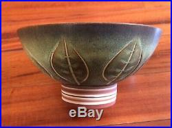 Vintage Mid Century Rupert Deese Potteries Ceramic Pottery Pedestal Bowl Leaves