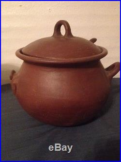 Vintage Pomaireware Clay Pottery Bowl With Lid Spoon Pig Bean Pot Chile (ddbc2)