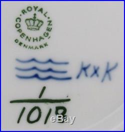 Vintage Royal Copenhagen Blue Fluted Full Lace Porcelain 1018 Serving Bowl 1st