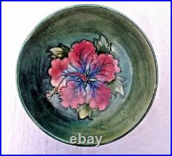 Vintage Signed Walter Moorcroft Green Hibiscus Fruit Bowl 7 1/2 Diameter Vgc