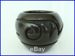Vintage Stella Chavarria Santa Clara Pueblo Carved Black Pottery Bowl Pot