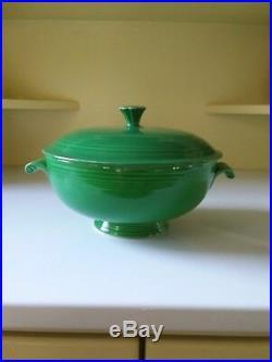 Vintage fiestaware medium green casserole bowl with lid