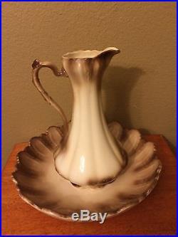 Vintage water wash basin set pitcher and bowl beige
