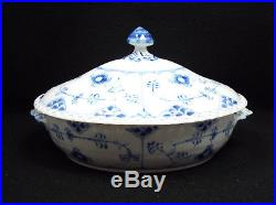 Vtg Royal Copenhagen Blue Fluted Full Lace Oval Covered Vegetable Bowl, #1129